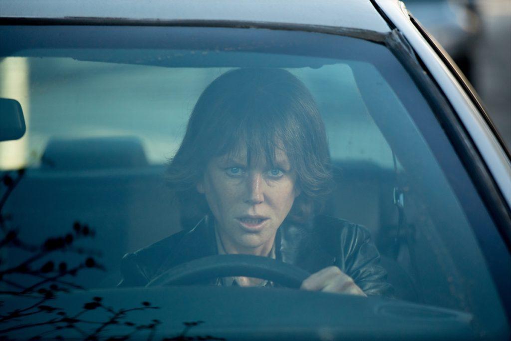 18eb96e736ca2e7d7378a6549b66d704 1024x683 - ニコール・キッドマン主演映画『ストレイ・ドッグ』一匹狼の刑事が事件を追究