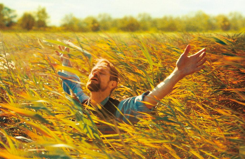 """ウィレム・デフォーが孤独な画家を演じ""""ゴッホの死""""の謎に迫る!『永遠の門 ゴッホの見た未来』"""