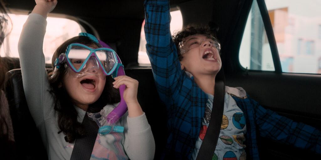 YES DAY 00 28 50 01 - GWは自宅で映画鑑賞!大人も子供も楽しめて学べる『YESデー ~ダメって言っちゃダメな日~』 Netflix映画おすすめ